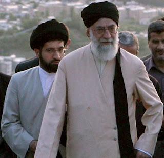 علی خامنه ای با پسرش مجتبی