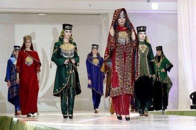 مدل های امروزی پوشش بانوان ترکمن